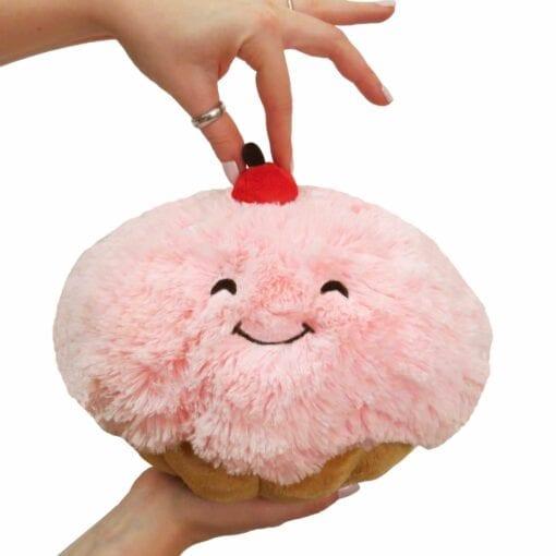 111395 Mini Squishable Cupcake - 18 cm