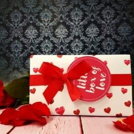 112328-3 Presentbox Little Box Of Love - Bomb Cosmetics
