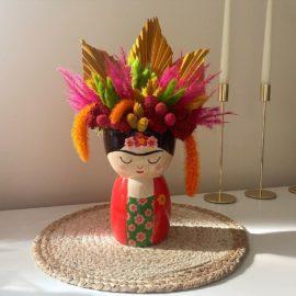 112871-5 Sass & Belle Handmålad Vas Frida Kahlo