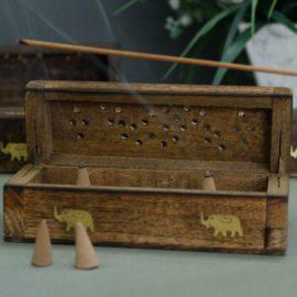 113215 Ancient Wisdom Rökelsebrännare Incense Cone Smoke Box Mango Wood