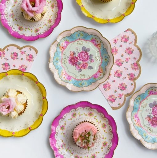 113411-3 Talking Tables Pappersassietter Blommönster 17 cm 12 st - Truly Scrumptious