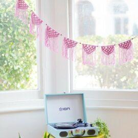 113452-3 Talking Tables Girlang Boho Pink Macrame