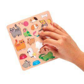 113591 OOLY Aktivitets Kit med Flyttbara Klistermärken Play Again Mini Pet Play Land3