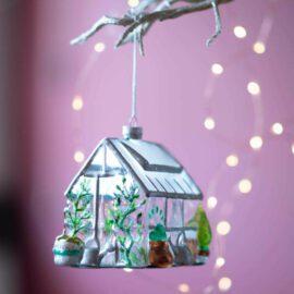 Sass & Belle Julgranskula i Glas Mini Greenhouse