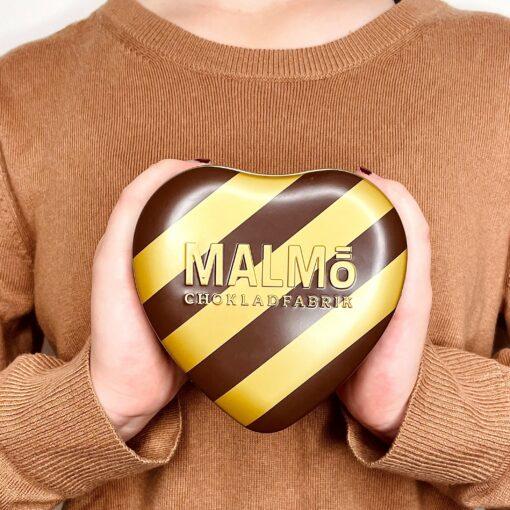 Malmö Chokladfabrik Kärlek i Plåtask - Ekologisk & Nötfri Choklad